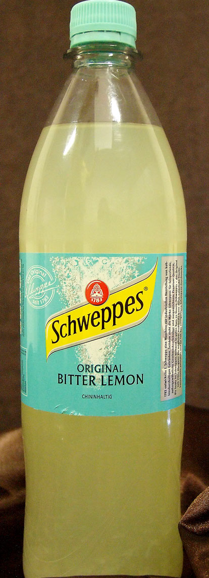Bitter Lemon wird besonders gerne  als Longdrink in Kombination mit verschiedenen Spirituosen zu sich genommen.
