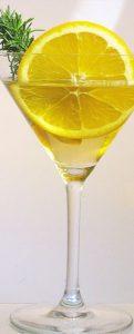 Der Lillet Le Blanc eignet sich hervorragend auch an herbstlichen Abenden als Cocktail.